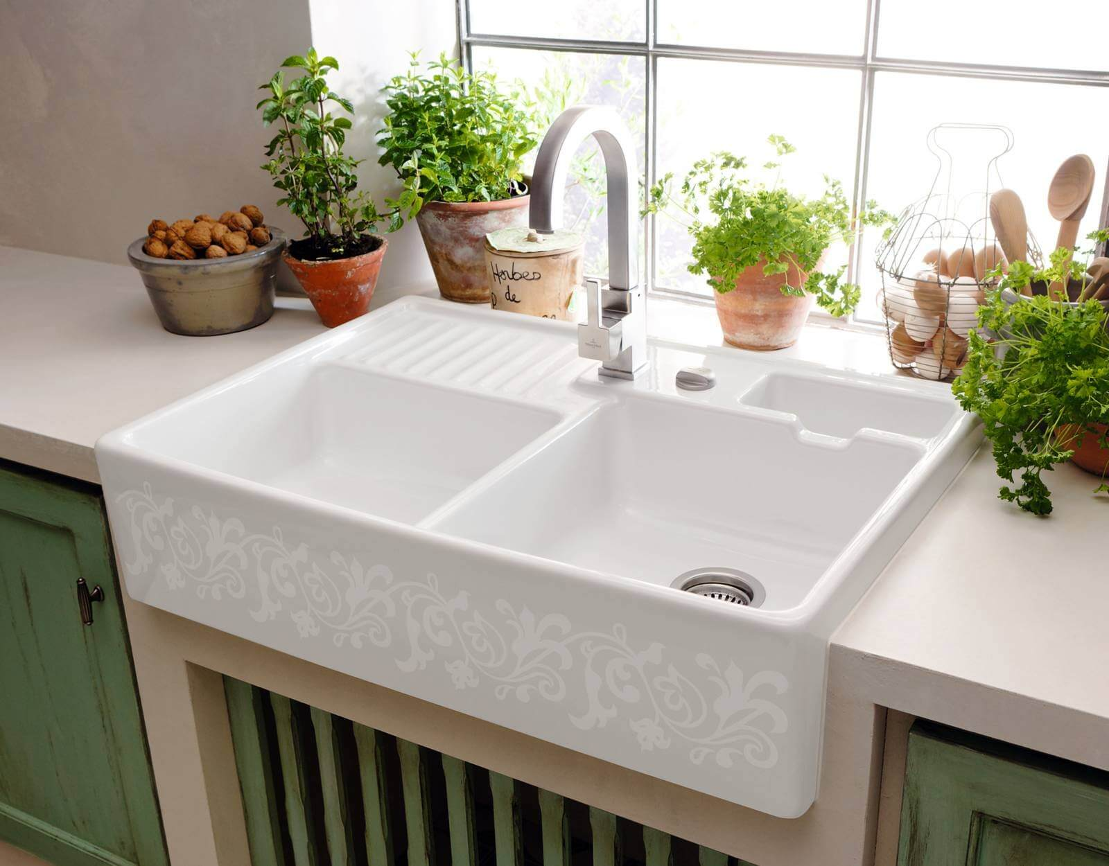 Come pulire il lavandino in ceramica